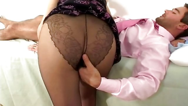 Asian beaver chew fuck Mr visit itching of the vaginal area doctor during pregnancy